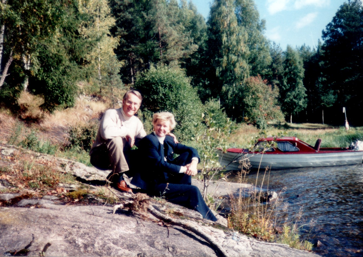 Mary - descendant of Gunder Kinney below Oppsal farm in Norway, and husband Glenn Steinke   -